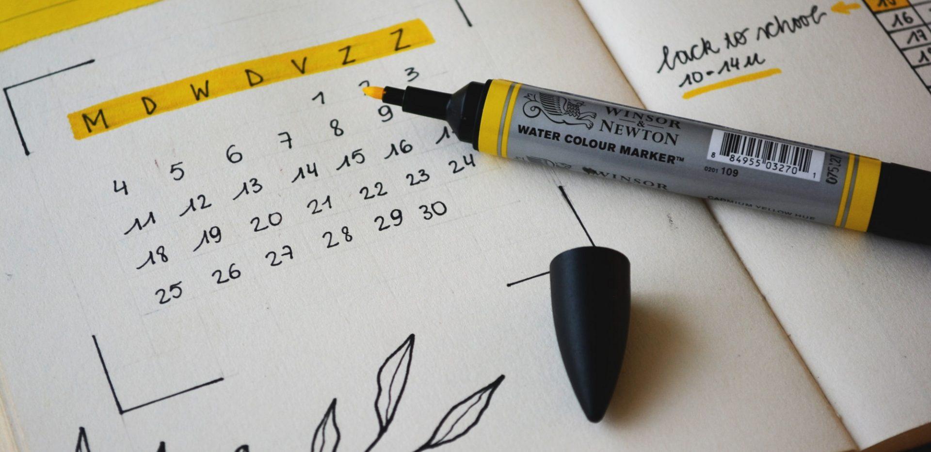 Tusch der ligger på en kalender